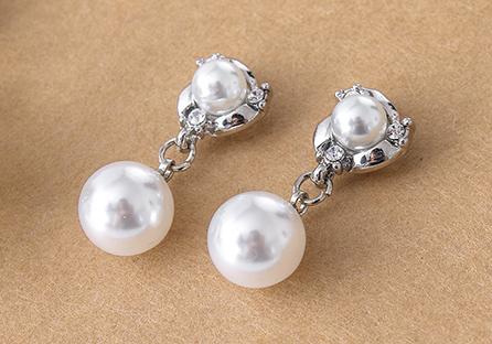 典雅雙生珍珠 耳針/黏式耳環
