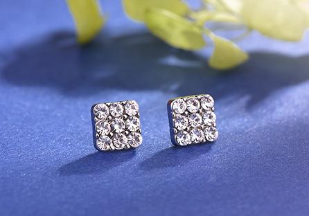 亮眼滿鑽方形黏式耳環