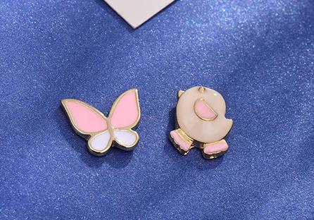 小雞與蝴蝶不對稱 耳針/黏式耳環