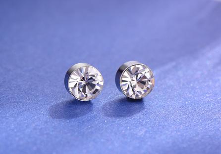 迷你精巧經典圓鑽黏式耳環 (5mm)