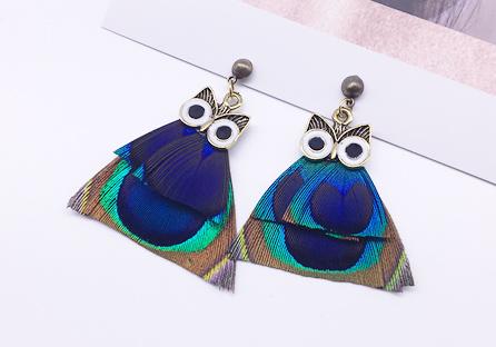 彩色羽毛貓頭鷹黏式耳環