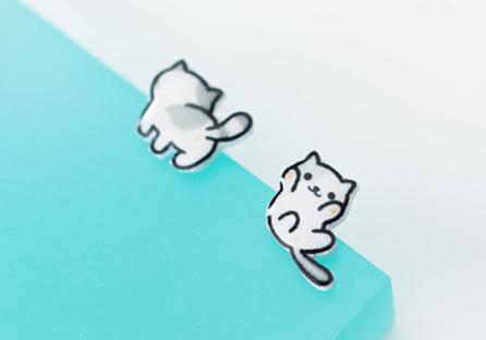 可愛萌寵小貓不對稱黏式耳環