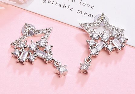 氣質耀眼五角星星黏式耳環