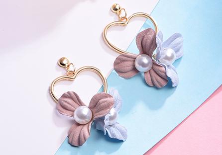 清新甜美愛心花卉 耳針/黏式耳環