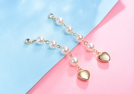優雅珍珠流蘇金心黏式耳環