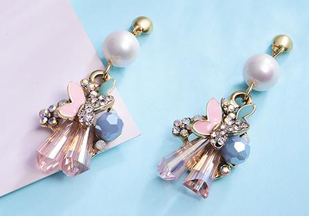 氣質水晶花朵蝴蝶 耳針/黏式耳環