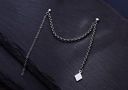 韓版單邊菱形鏈條 耳針/黏式耳環