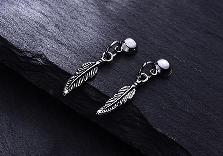 韓版精緻合金小樹葉 耳針/黏式耳環