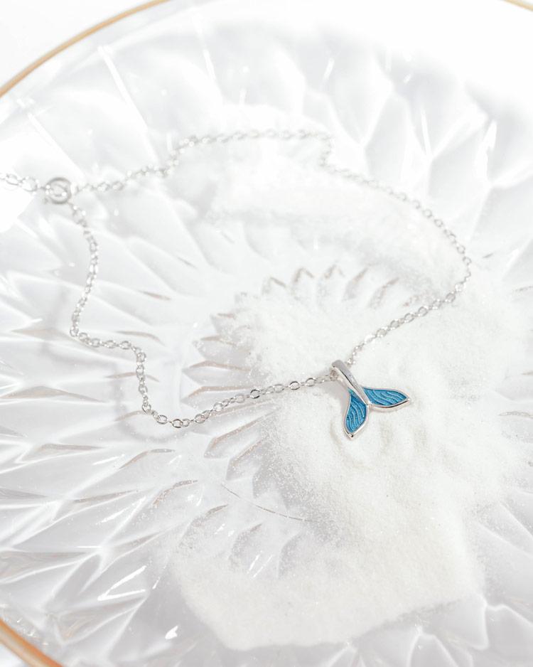 炫麗彩藍個性魚尾腳鍊[純銀] 場景展示