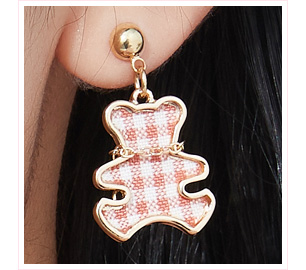 可愛格紋小熊 耳針/黏式耳環