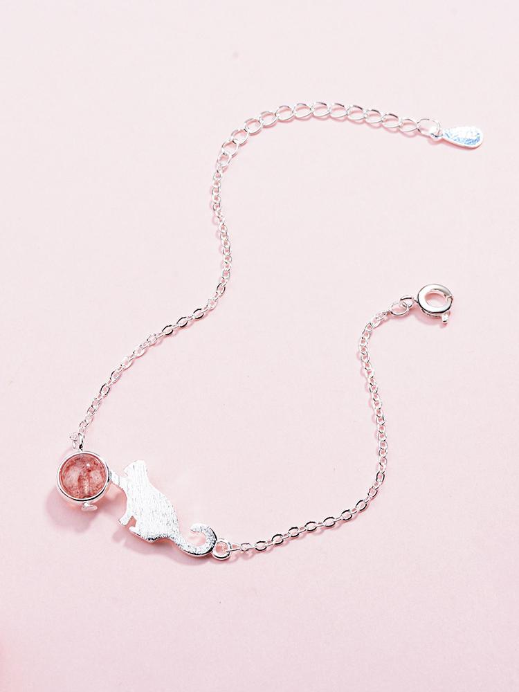 場景展示: 甜美可愛貓咪天然粉嫩水晶手鍊
