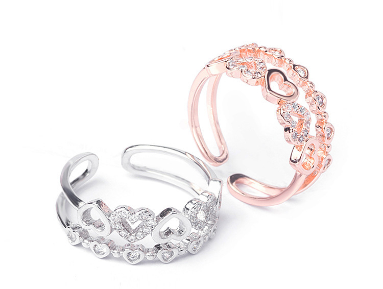 場景展示: 雙層愛心鑲鑽開口戒指