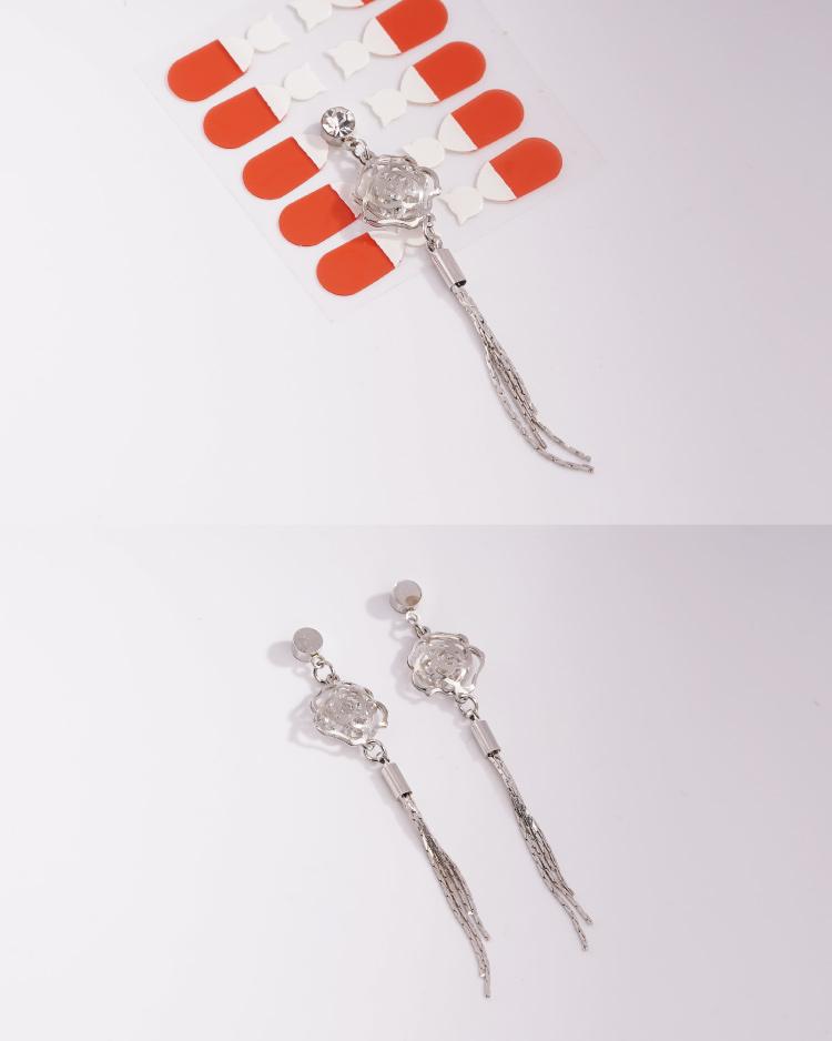 高雅復古簍空玫瑰流蘇 耳針/無耳洞黏貼式耳環 細節展示