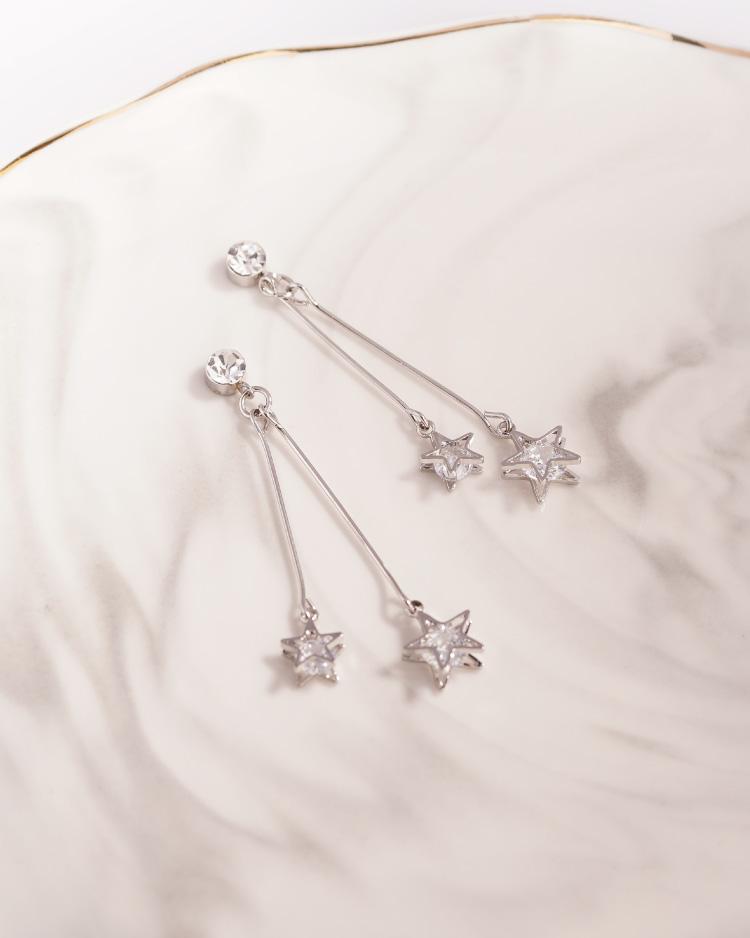 復古浪漫雙星亮鑽 耳針/無耳洞黏貼式耳環 場景展示
