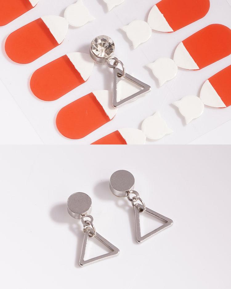 極簡幾何精緻三角 耳針/無耳洞黏貼式耳環 細節展示