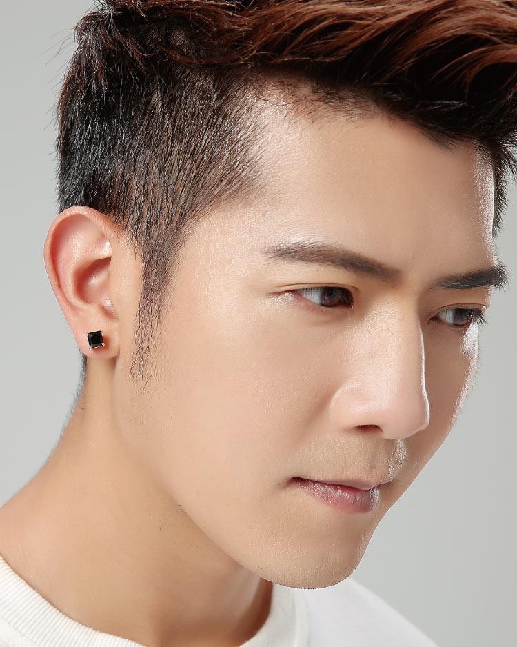 韓流方形鑲鑽 耳針/無耳洞黏貼式耳環 模特兒展示