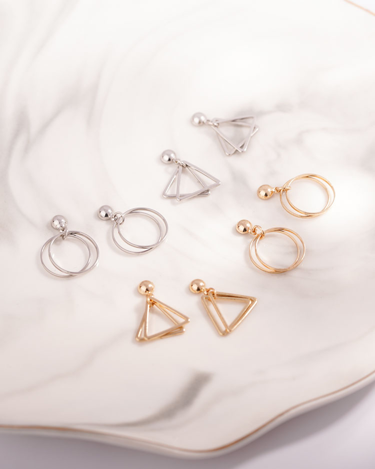 時尚簡約幾何圖形 無耳洞黏貼式耳環 場景展示