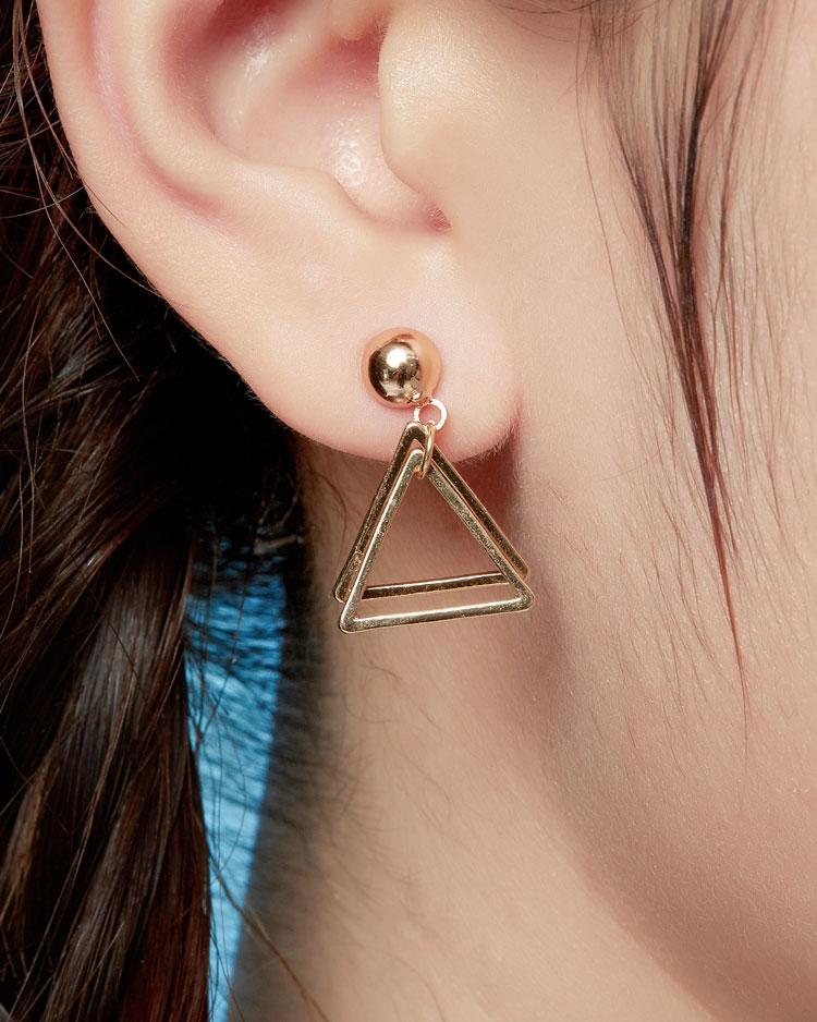 時尚簡約幾何圖形 無耳洞黏貼式耳環 模特兒展示