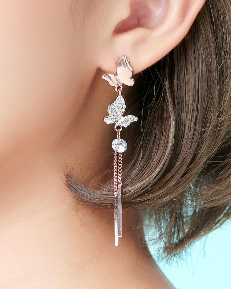 清新優雅蝴蝶流蘇 耳針/無耳洞黏貼式耳環 模特兒展示
