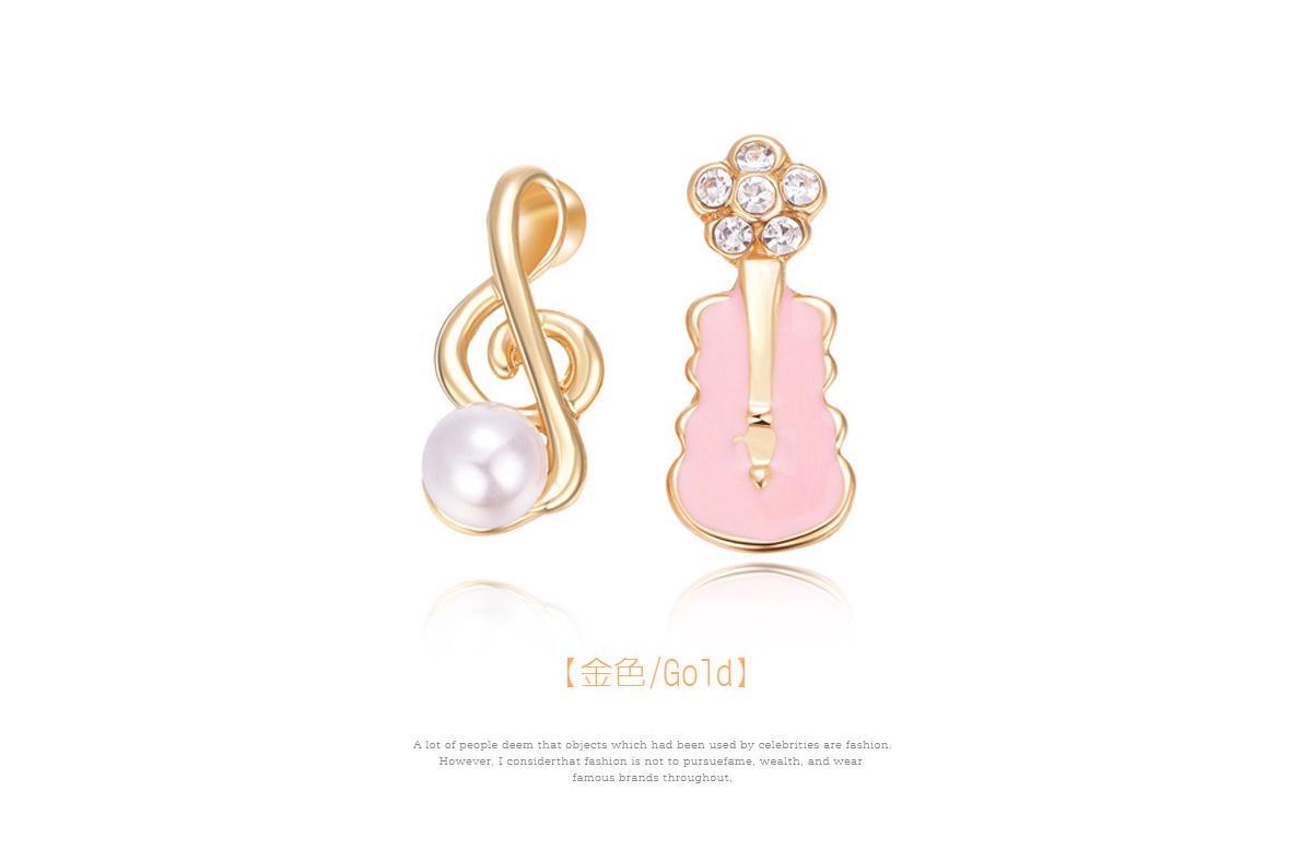 少女系珍珠音符小提琴不對稱黏式耳環,金色