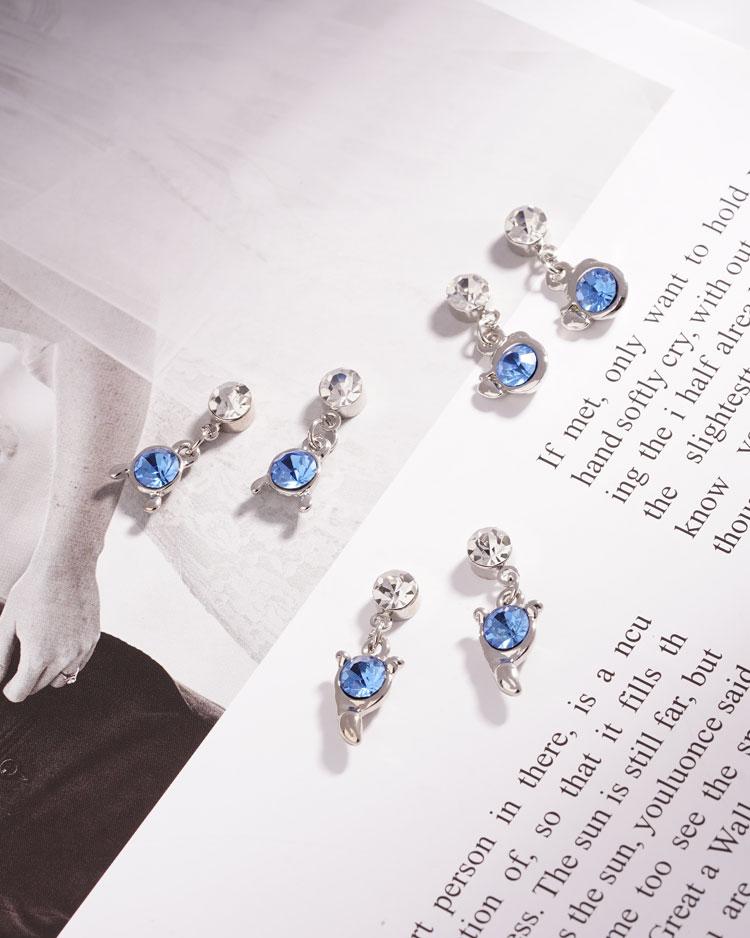 璀璨十二星座水晶 無耳洞黏貼式耳環 場景展示