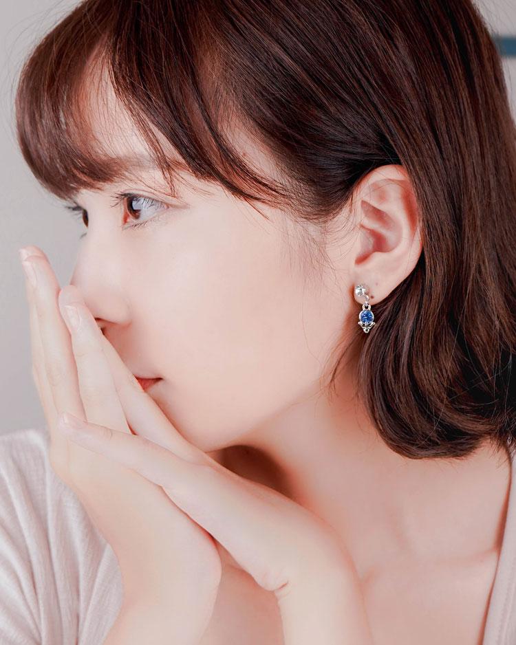 璀璨十二星座水晶 無耳洞黏貼式耳環 模特兒展示