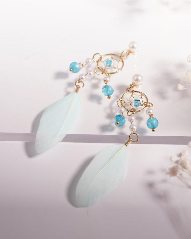 珍珠風鈴羽毛流蘇 耳針/無耳洞黏貼式耳環 場景展示