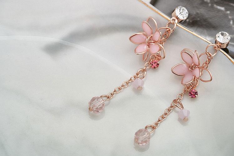清透粉嫩雙層櫻花 無耳洞黏貼式耳環
