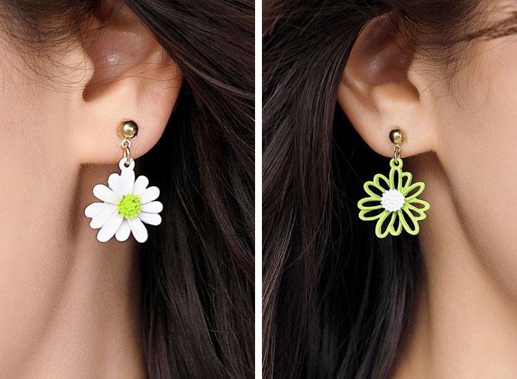 個性不對稱小雛菊 無耳洞黏貼式耳環