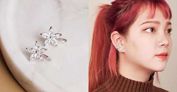 精巧花朵亮鑽U型耳骨夾是小花造型的個性款式
